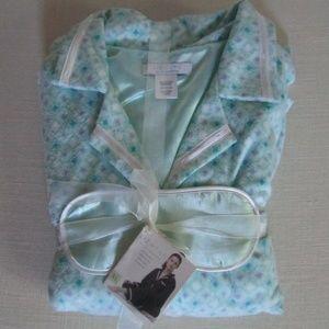 LIZ WEAR by Liz Claiborne Pajama Set
